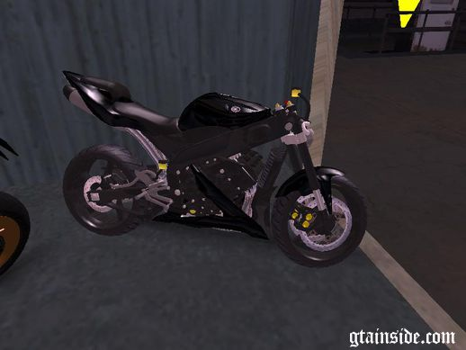 Yamaha R1 2005 No mask