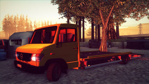 Mercedes-Benz Vario Towtruck
