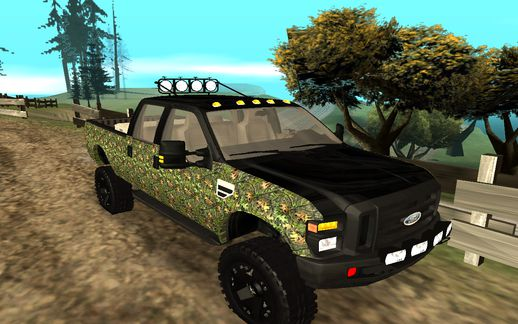 Ford F-250 Realtree Camo Lifted