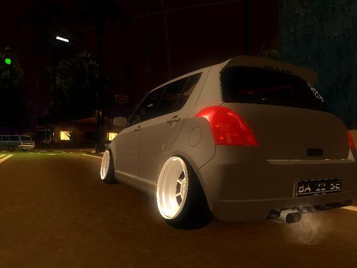 Suzuki Swift Hellaflush
