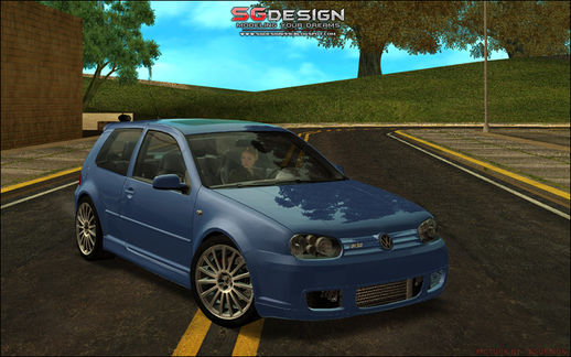 J2 : VW GOLF R32 - Stock