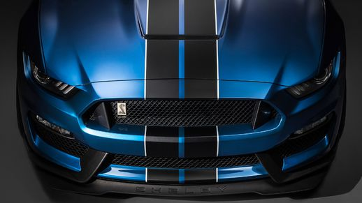 Realistic Handling Ford Mustang GT 2015