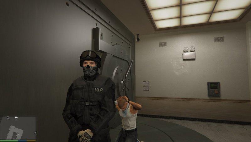 GTA 5 SWAT Ghost Mask and New Urban Camo Mod - GTAinside com