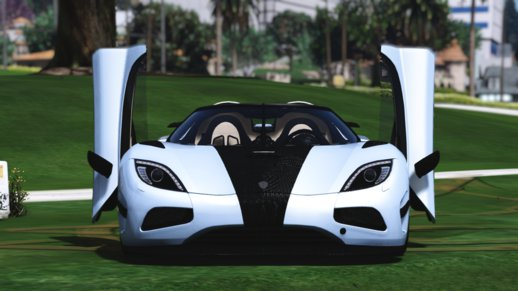 Agera R with door script