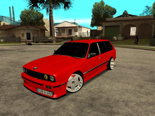 BMW e30 Touring 3.8 BiTurbo