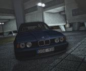 BMW E34 Touring Stock