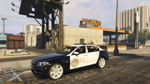 BMW 530D sedan LSPD Police (Lore Friendly)
