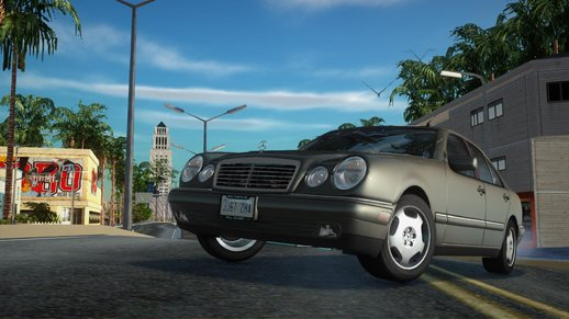 Mercedes-Benz E-Klasse W210 E320 1995 (US-Spec)